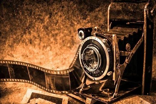 カメラ|Emotifエモーティフスタジオ|都内品川区五反田の格安真っ白スタジオ